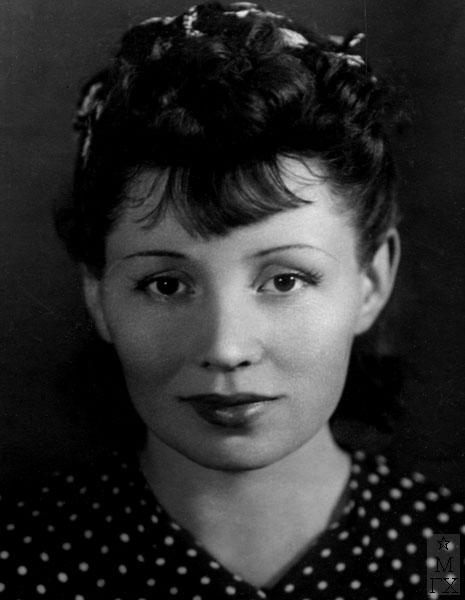 Жена - театральный художник Любовь Николаевна Силич