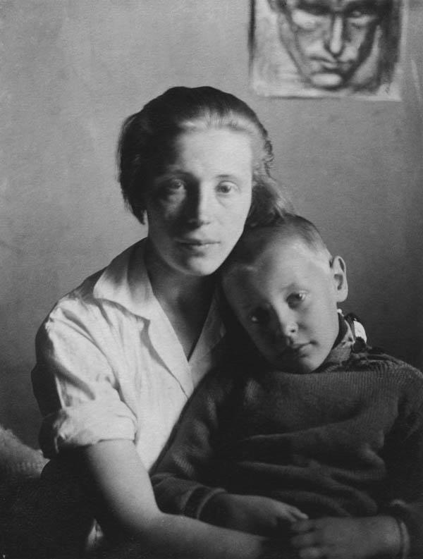Евдокия Ануфриева с сыном Вацлавом