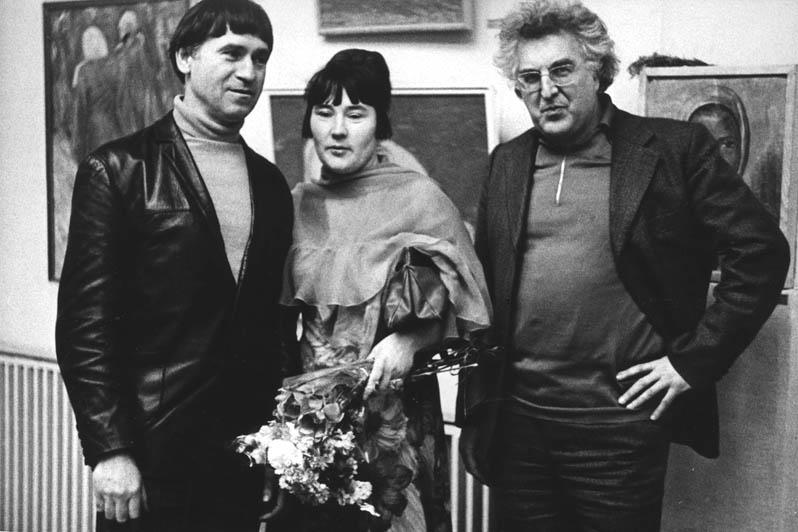 На выставке Н.М. Чернышева, 1973 г. : Д. Жилинский, П. Чернышева, И. Голицын.