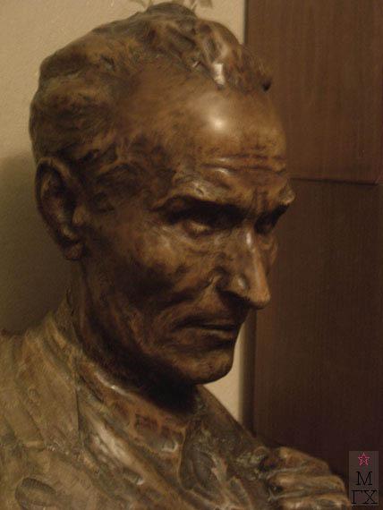 Д.С. Жилов. Автопортрет (фрагмент). Дерево. 1955