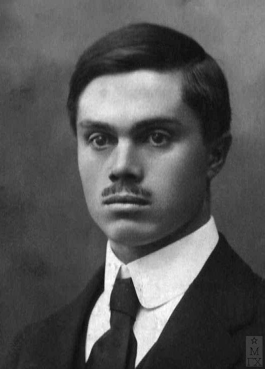Миша Климентов в 21 год.