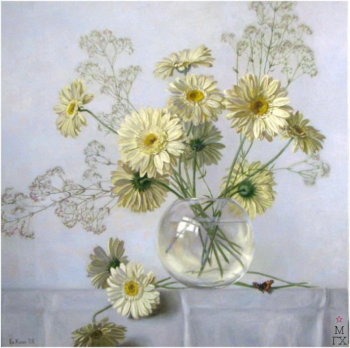 Е.М. Кугач. Белые герберы. 2006.  х./м.;70х70.