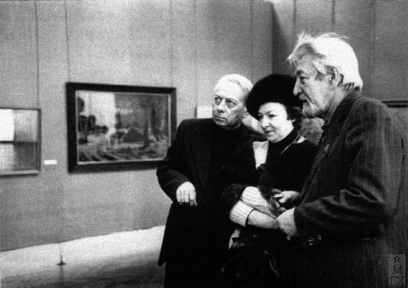 А.Н. Либеров на персональной выставке в Ленинграде. 1981 г.