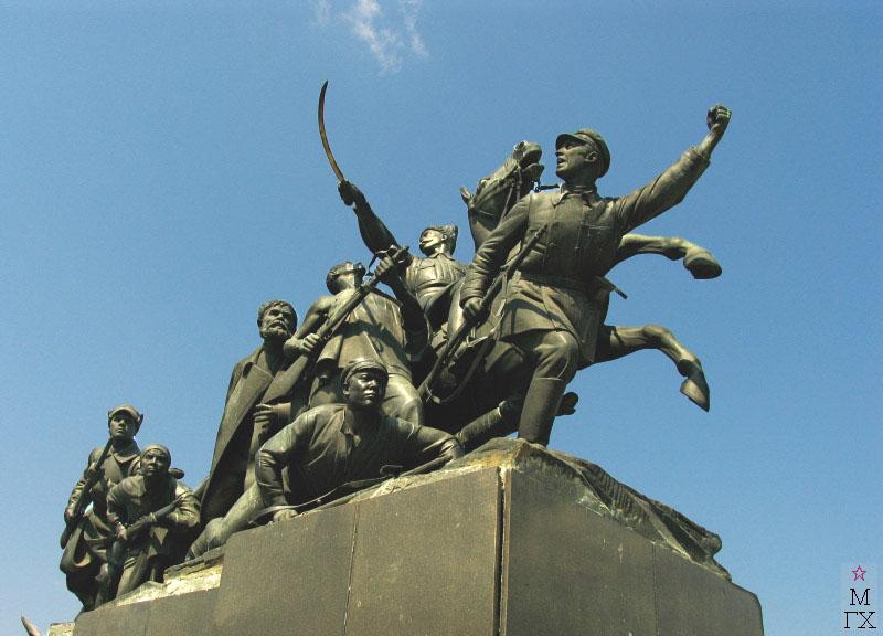 М.Г. Манизер. Памятник Чапаеву.